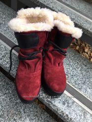 Зимние ботинки в ассортименте на черной и белой подошве