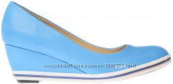 Женские туфли голубые на танкетке одевались всего 1 раз