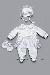 Комплект на выписку для новорожденных молочный и белый