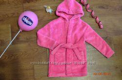 Махровый розовый халат на 6-9мес.