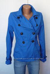 Куртка легкая S  - фирменная одежда