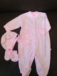 Комплект одягу для маленької дівчинки