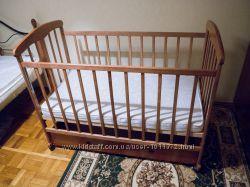 Детская кроватка с ящиком, матрас
