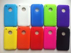 Силиконовые чехлы iphone 3, 3S разноцветные