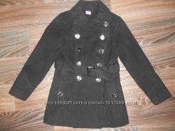 Пальто для девочки 7-8 лет
