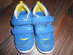 Летние кроссовки для мальчика 10 размер по евро наш 28