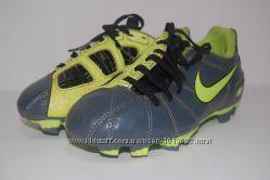 Футбольные бутсы Nike Total90 серо-салатовые