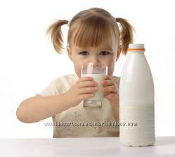 Козье молоко домашнее.
