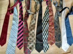 Полная распродажа Большой выбор галстуков фирм F&F, George, Marks&Spencer