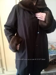 Женское пальто с норкой на меховой подкладке и сумка