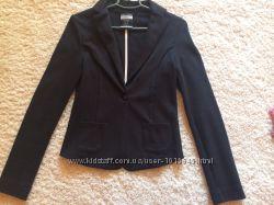 Піджак Bershka, розмір S, Іспанія, новий.