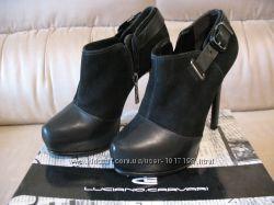 Ботиночки Luciano Carvari ботильйоны каблуки