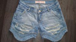 Шорты джинсовые, рваные