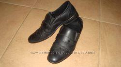 Кожаные классические туфли на мальчика-подростка, 37 размер.
