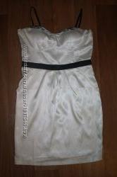 Нарядное платье р. 46-48