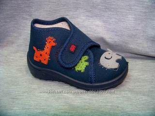 Нове дитяче взуттяна кожний день, може бути як перезувне для