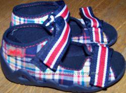 Нове взуття. Сандалі для хлопчиків. Виробник Befado
