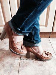 Туфельки на каблукеПольша