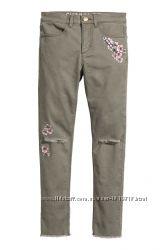 Джинсы для девочки с вышивкой H&M 12-13 158