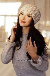 зимние женские наборы и шапки большой выбор