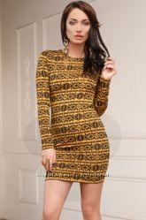Элегантное платье с геометрическим принтом р. S