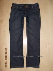 Женские джинсы темно-синии р. S-M