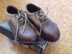 Кожаные туфли на мальчика размер 30-31