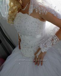 Стильное свадебное платье весільна сукня