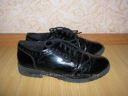 Debenhams лаковые туфли ботинки 38 р по вст 24. 5см