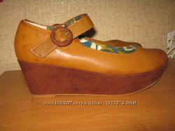 Кожаные туфли на платформе