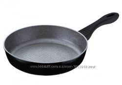 Современная сковорода без крышки  PETERHOF серия Imperial d 26 см.