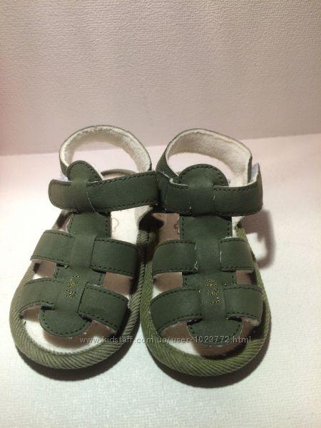 Босоножки сандалии детские