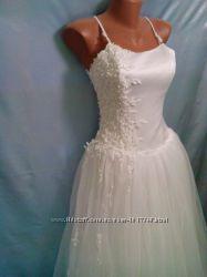 Продам свадебное платье, размер 46-48, бу