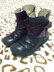 Сапожки, сапоги, ботинки кожа лак Froddo 26 разм, стелька 16. 5 см