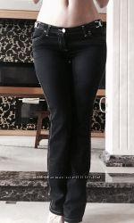 Брюки джинсовые Versace дешево, на размер М