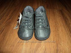 Пинетки-ботиночки MOTHERCARE новые