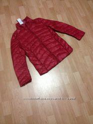 Куртка Ultra Light Down в цвете красный