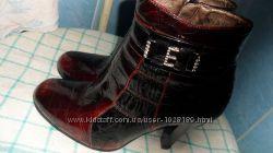 Бордовые полу-ботиночки на каблучке, на весну или осень 40р.