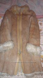 Очень теплая женская дубленка 44 размера