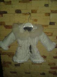 Курточка новая для девочки с натуральным мехом, PETITO