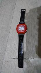 Часы Casio Оригинал. С подсветкой в отличном состоянии