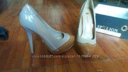 Стильные красивые туфли