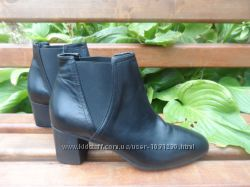 Р. 39 Кожаные ботинки, ботильоны Bata Италия