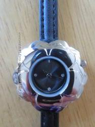 Часы женские AVON наручные кварцевые, новые