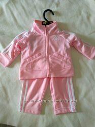 Спортивный костюм Adidas на девочку 3 мес