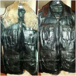 Женская кожанная куртка бу