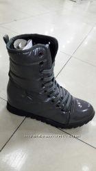Зимние ботинки со скрытой танкеткой