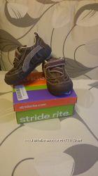 Кроссовки Stride Rite