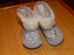 Пинетки-сапожки H&M и носочки из овчинки