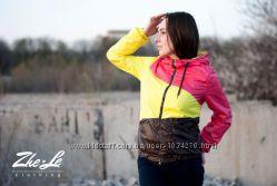 Ветровка женская